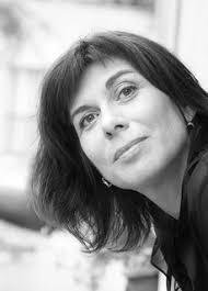Manuela Frésil