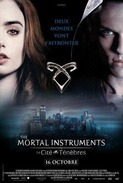 Couverture de The Mortal Instruments 1 : La cité des ténèbres
